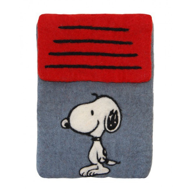 https://www.get-inspired.eu/3141-thickbox_default/pouzdro-na-ipad-snoopy.jpg