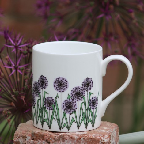 Porcelain mug Allium Heads