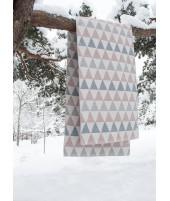 Plastový koberec Tribus grey pink