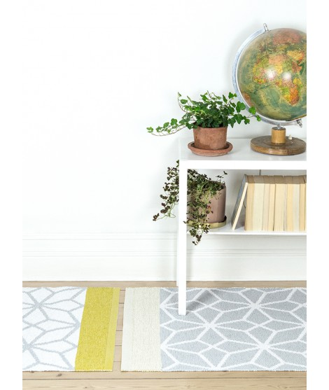 Plastic rug Prisma yellow 70x150 table