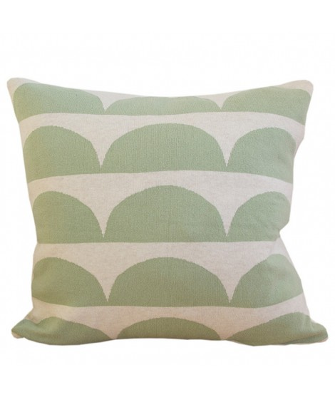 Knitted cushion Kamelia green