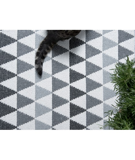 Plastový koberec Tribus grey 70x120 detail