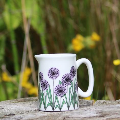 Milk jug Allium Heads