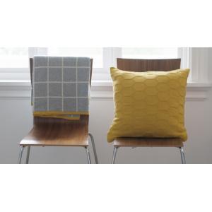 Stylové pletené bavlněné deky a polštářky norské značky Funky Doris